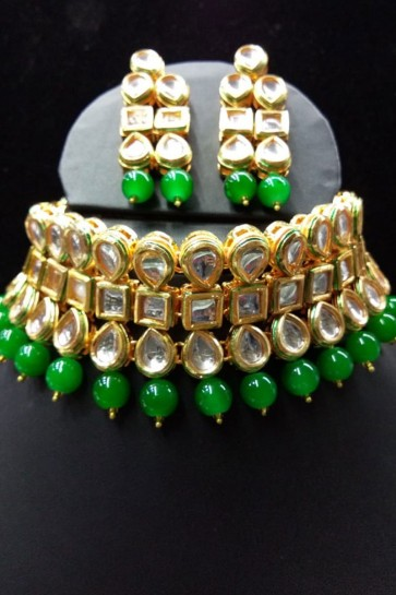 Charming Green Kundan Necklace