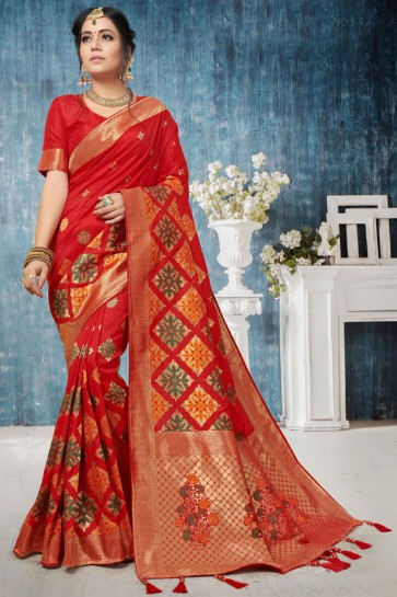 Pretty Weaving Work And Jacquard Work Red Banarasi Silk Saree With Border Work Blouse