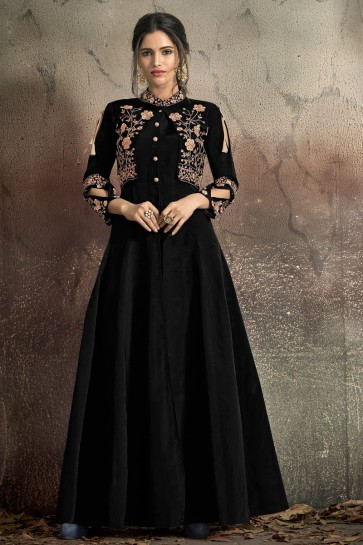 Black Tapeta Embroidered Excellent Gown