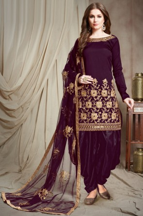 Charming Violet Embroidered Faux Georgette Salwar Kameez With Chiffon Dupatta