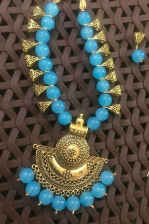 Charming Sky Blue Neck Piece Beads Necklace