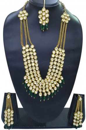 Admriable Golden Moti and Kundan Necklace Set